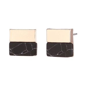 Black Marble Stud with Square Design & Gold Detail